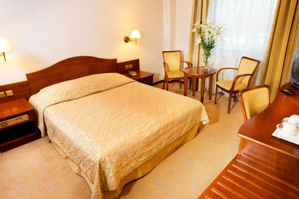 Sympozjum Hotel and Spa
